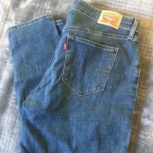 Levi Skinny Jeans 16W